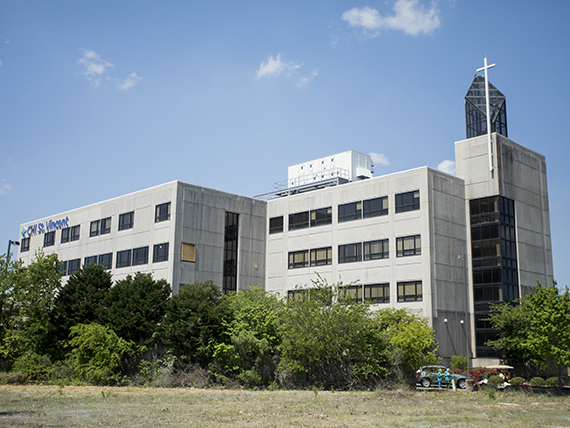 St. Vincent Hospital North LR
